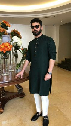 Mens Indian Wear, Indian Men Fashion, Mens Fashion Suits, Indian Groom Wear, Mens Suits, Wedding Kurta For Men, Wedding Dresses Men Indian, Gents Kurta Design, Boys Kurta Design