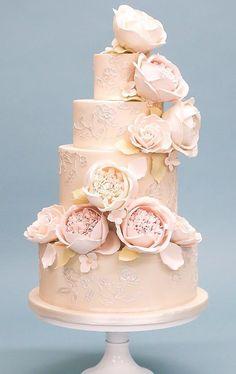 Courtesy of Rosalind Miller Wedding Cakes #weddingcakes