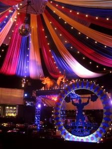 Idea for the ceiling, potential underneath the covered stage area Halloween Games Adults, Adult Halloween Party, Halloween Themes, Easy Halloween, Halloween Quizzes, Halloween Decorations, Halloween Emoji, Halloween Pretzels, Circus Decorations