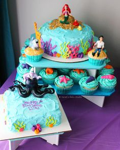 Let's dive under the sea with these Little Mermaid cakes and cupcakes.