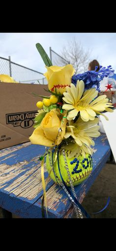 Softball Senior gift The specific different types of recreational softball bag you will pick out Softball Wedding, Senior Softball, Softball Uniforms, Softball Party, Softball Senior Pictures, Girls Softball, Softball Stuff, Softball Chants, Softball Workouts