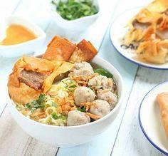 Resep bakso Malang komplit - bakso adalah makanan yang banyak sekali kita temukan dimanapun kita berada , bahkan bakso