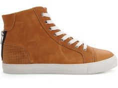 Safira Leather Sneaker