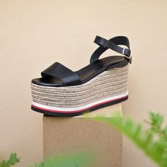 NEW in SANTE Wedges ‪#‎SanteSummer16‬ ‪#‎SanteMadeinGreece‬ Available in stores & online (SKU-92581): www.santeshoes.com
