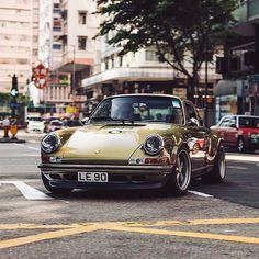 Porsche Panamera, Porsche Classic, Classic Cars, Retro Cars, Vintage Cars, Porsche Mission E, Singer Vehicle Design, Automobile, Vintage Porsche