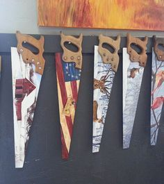 Craft Painted Saw Blades Painting Tools, Tole Painting, Christmas Crafts, Christmas Decorations, Hand Saw, Oldschool, Painting Patterns, Metal Art, Bunt