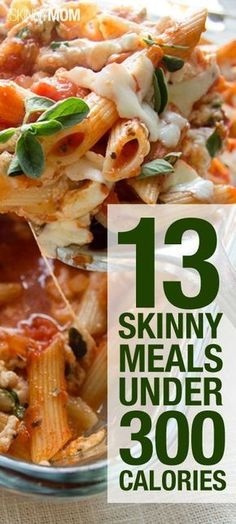 FOOD: 13 Skinny Meals Under 300 Calories. Finding tasty meals under 300 calories isn't as hard as it seems. With the right combination of protein, vegetables, complex carbs and healthy fats, 300 calorie meals are delicious and filling. No Calorie Foods, Low Calorie Recipes, Diet Recipes, Cooking Recipes, Locarb Recipes, Atkins Recipes, Bariatric Recipes, Quick Recipes, Diabetic Recipes