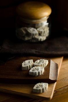 From My Lemony Kitchen ....: Putu Kacang / Mung Beans Cookies