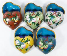 Lot 498: Asian Cloisonne Heart Shaped Trinket Boxes; Including five contemporary trinket boxes with fruit and floral motifs
