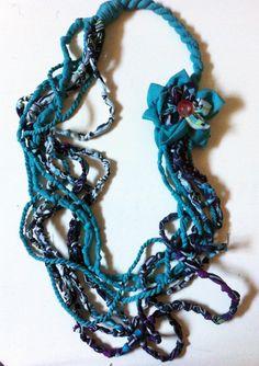 Fabric Necklace (type3)*knots knots 2-handmade-by giuvaDesign di GiuvaDesign su Etsy