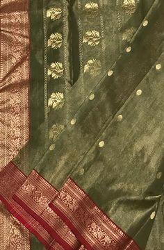 Green Handloom Chanderi Tissue Silk Saree #Chanderisaree#saree#sareeindia#traditionallook#sareefashion#indianculture#desilook#loveforsaree#silksaree#tissuesilk#