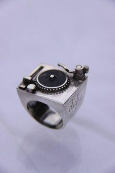 DJ turntable ring