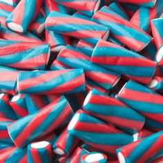 Buy and Save on Cheap Fini Kosher Fruity Licorice Plugs - LB Bag at Wholesale Prices. Offering a large selection of Fini Kosher Fruity Licorice Plugs - LB Bag. Cheap Prices on all Bulk Nuts, Bulk Candy & Bulk Chocolate. Fini Candy, Jelly Beans, Cute Food Wallpaper, Candy Pictures, Bulk Chocolate, Cream Candy, Unicorn Foods, Sour Candy, Bulk Candy