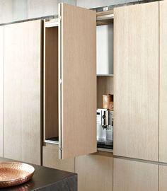 Oak storage cabinet for kitchen - PENTHOUSE HAMBURG - eggersmann küchen GmbH & Co. KG