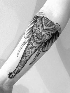 Unterarm Tattoo Ideen – 40 Motive für Frauen und Männer