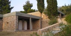Xenia Hotel in Epidaurus-Greece. Designed by Aris Konstantinides Ancient Architecture, Architecture Details, Modern Architecture, Xenia Hotel, Earthship, Brickwork, Modern Rustic, Pergola, Outdoor Structures