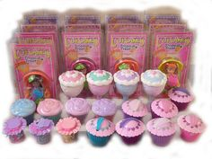 I had a few of these--turn the cupcakes inside out and it's a cute little doll that smells good! 80s Girl Toys, 90s Toys, Toys For Girls, Right In The Childhood, 90s Childhood, Childhood Memories, School Memories, Kids Am, Cupcake Dolls