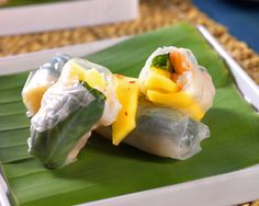 Shrimp and Mango Summer Rolls Ming Tsai Chinese Seafood Recipe, Seafood Recipes, Chinese Food, Dinner Recipes, Asian Recipes, Healthy Recipes, Ethnic Recipes, Asian Foods, Summer Rolls
