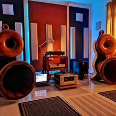 Mono and Stereo High-End Audio Magazine Audio Rack, High End Audio, Loudspeaker, Audio Equipment, Audiophile, Channel, Magazine, Electronics, Vintage
