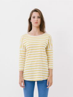 3/4 Basque Yellow T-Shirt // Basic sailor-style T-shirt with French (three-quarter) sleeves and boat neck. The shoulder seam falls to half way down the sleeve, giving your look a more boho feel. Created with a lovely tactile cotton, it is easy to combine with jeans including skinny thanks to its length. The summer essential par excellence. Comfort fit.