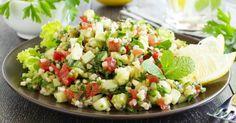 Recette de Taboulé de boulghour à la tomate, avocat et féta. Facile et rapide à réaliser, goûteuse et diététique.
