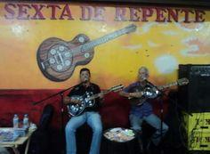 Repentistas se encontram no 5º Festival Sexta de Repente http://www.jornaldecaruaru.com.br/2015/11/repentistas-se-encontram-no-5o-festival-sexta-de-repente/