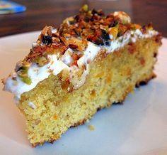 Apricot and Pistachio Cake (Κέικ-με-φιστίκια-και-βερίκοκα) - Kalofagas - Greek Food & Beyond