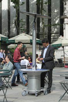 公共空间的移动式太阳能充电站,CityCharge 亮相纽约 Bryant 公园 | 理想生活实验室