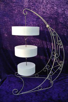 Hanging chandelier cake - Поиск в Google More