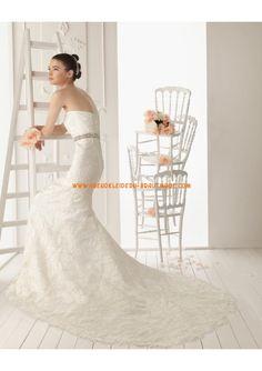 2013 Luxuriöse Brautmode aus Satin mit Spitze mit Schleppe