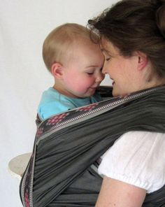 Handloomed Baby Wrap Carrier Charcoal w Ikat by lilpeeperkeepers