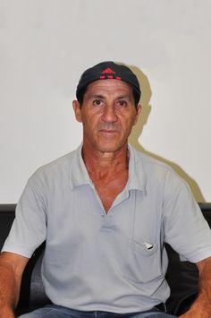 Gumercindo Ferreira aguardou seu filho, Ilário, que prestava seu primeiro vestibular; na Sala Vip do #unalinhaverde.