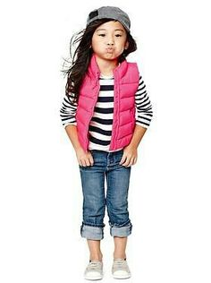 Little girl fashion. I would pair this outfit with pink rainboots and no hat though. G;)