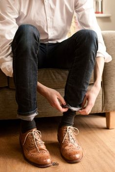 jeans & brogues