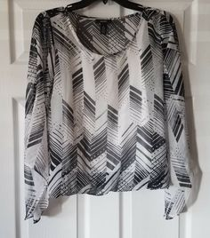 bd6d511f140 $69 NWT ALFANI Womens Bubble Hem Dotted Angles Print Shirt Blouse Top Sz  Small #fashion