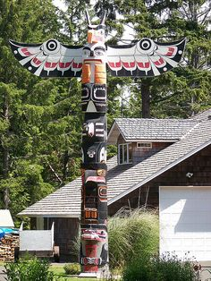 Puyallup Tribe Native American Indian Totem pole