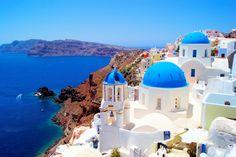 Primero fueron los pájaros de Atenas, luego el blanco y el azul de Mykonos y, finalmente, el silencio de Santorini.