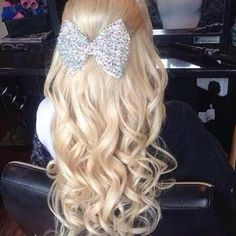 Perfect hair and bow