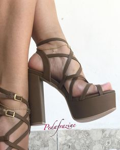 Thick Heels, Brown Heels, Chunky Heels, High Heel Boots, Shoe Boots, Shoes Heels, Strappy Heels, Sexy Sandals, Sandals Outfit
