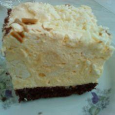 Beskidzkie cake with cream and meringue with a lawyer - main Polish Desserts, Polish Recipes, Cookie Desserts, No Bake Desserts, Cookie Recipes, Delicious Desserts, Yummy Food, No Bake Cake, Amazing Cakes