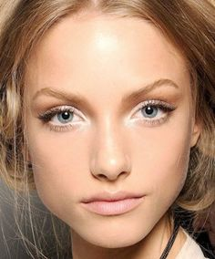 White Eye shadow and liner at NYFW