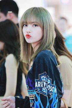 Lisa One Of The Best And New Wallpaper Collection. Lisa Blackpink Most Famous Popular And Cute Wallpaper Photo And Image Collection By WaoFam. Kpop Girl Groups, Korean Girl Groups, Kpop Girls, Kim Jennie, Blackpink Members, Lisa Blackpink Wallpaper, Kim Jisoo, Black Pink Kpop, Blackpink Photos