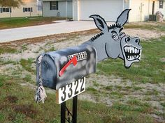28 Unique Mailboxes That Are So Funny - Pull the tail on the donkey to get your mail, I dare you! Funny Mailboxes, Unique Mailboxes, Custom Mailboxes, Painted Mailboxes, Mailbox Decals, You've Got Mail, The Donkey, Donkey Funny, Post Box