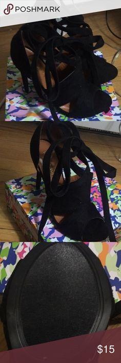 Black strappy heels Black strappy suede heel Shoe Republic Shoes Heels