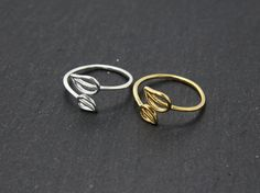 Double leaves rings,adjustable rings,twin leaves rings,friendship rings,leaf rings,leaves rings,gift idea rings,gold silver leaf,present by MYLB on Etsy