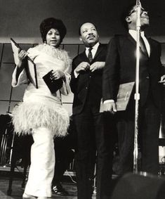 Aretha Franklin's contributions toward the civil rights movement shouldn't go unnoticed. She helped activists post bail, supported organizers financially, toured with Dr. Martin Luther King, Jr across the U. Aretha Franklin, Martin Luther King, Louis Farrakhan, Detective, Ebony Magazine Cover, Natural Women, Music People, Gospel Music, King Jr