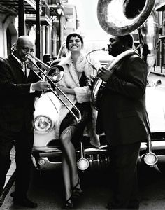 jazz music in style... I love jazz... it is so smooth and sexy ;)