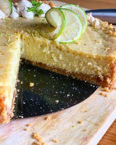Key Lime Pie, der etwas andere Cheesecake – THOMS KÜCHEN.BLOCK Key Lime Pie, Camembert Cheese, Desserts, Food, Oven, Tailgate Desserts, Deserts, Essen, Postres