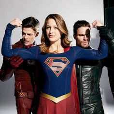 Grant Gustin, Melissa Benoist and Stephen Amell for EW. supergirl, the flash, and green arrow Supergirl Dc, Supergirl And Flash, Melissa Supergirl, Series Dc, Cw Crossover, Flash Funny, Superhero Shows, The Flash Grant Gustin, Cw Dc
