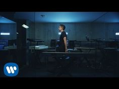 "Charlie Puth - Attention [Official Video] - WATCH VIDEO HERE -> http://philippinesonline.info/trending-video/charlie-puth-attention-official-video/ Download and Stream ""Attention"": Written By: Charlie Puth and Jacob Kasher Produced By: Charlie Puth Vocal Production: Charlie Puth Instruments: Korg Triton Studio, Juno 60, Omnisphere, Trillian for the Bass, Rhodes 77, Yamaha DX7, Pro Tools I2, Fender Stratocaster, Martin HD-28..."